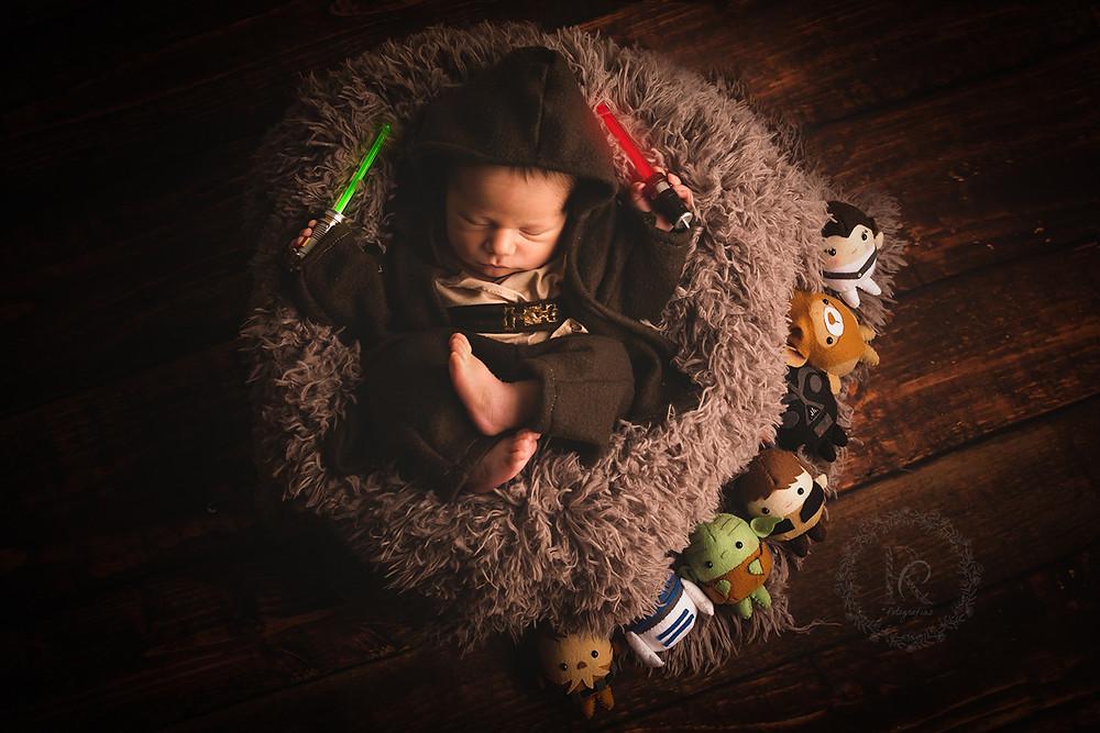 Ensaio newborn jedi star wars com ursinhos