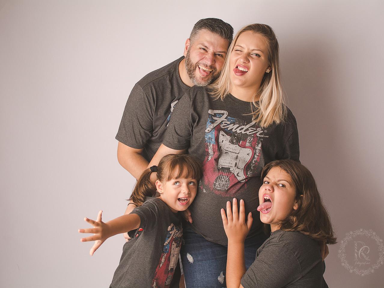 Ensaio Gestante em Família - Estúdio em Curitiba