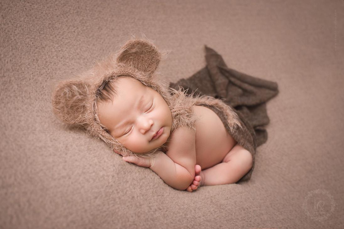 Newborn Vicente (39).jpg