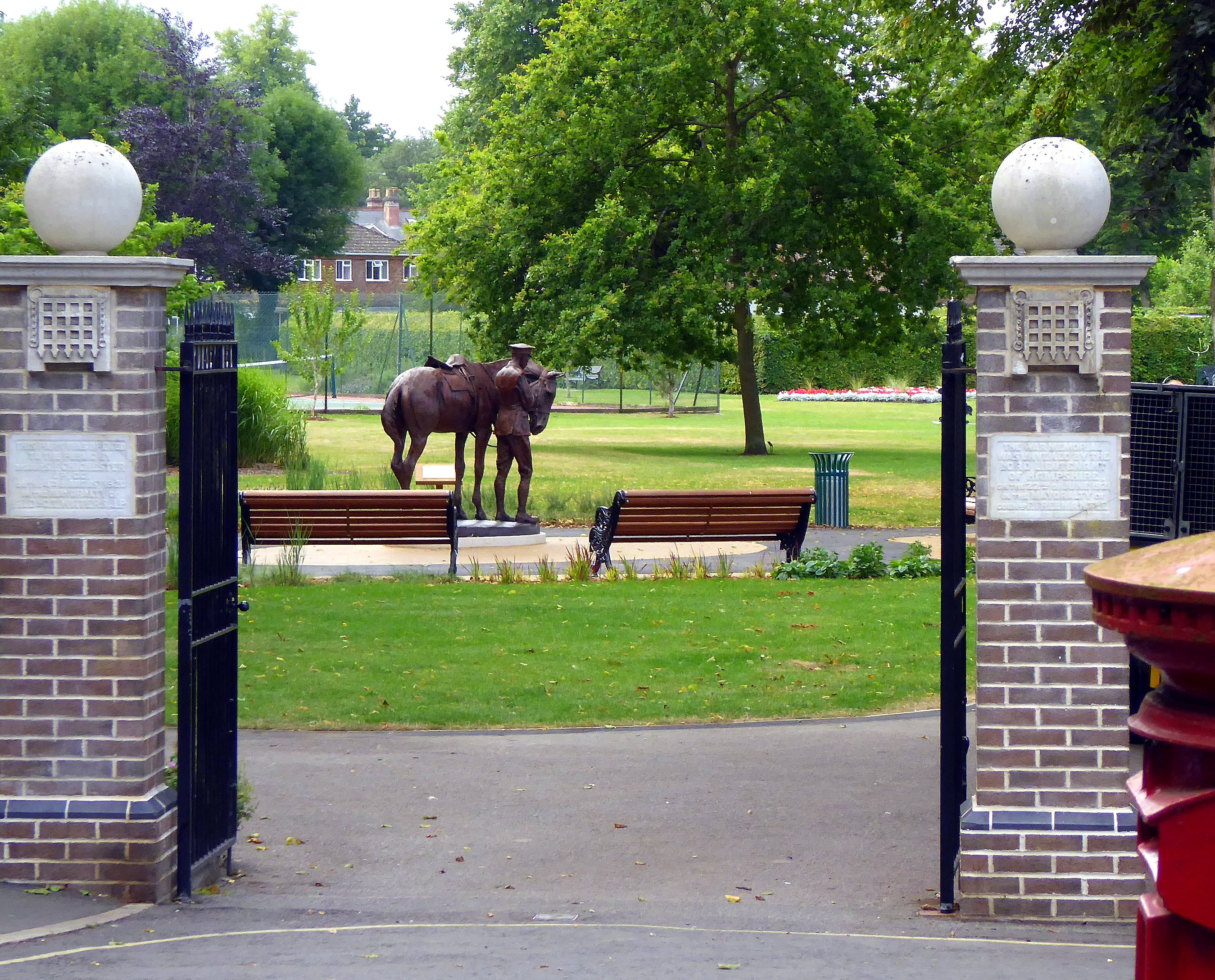 War Horse  - Photo Roy Romsey 03 .jpg
