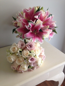 pink oriental and champagne roses, Champagne and mauve roses