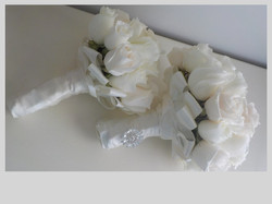 White and Cream Rose bouquets