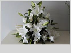 White Ceremony Arrangement
