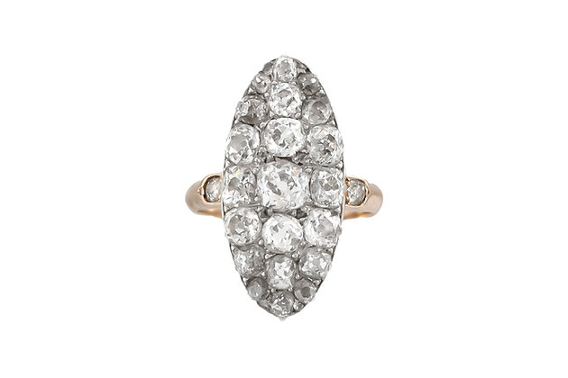 Victorian 1900's 18 Karat Yellow Gold Diamond Ring