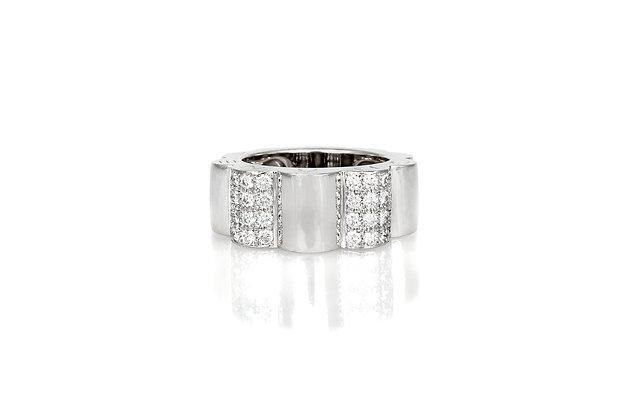 Chanel Profil De Camelia White Gold and Diamond Ring front