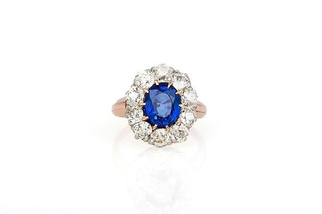 2.01 Carat Sapphire and Diamond Cluster Ring top view