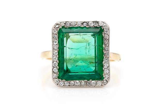 Russian Ural Mountains Emerald Ring with Diamonds