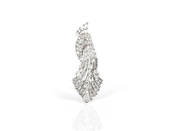 15 ct Vintage Diamond Brooch front