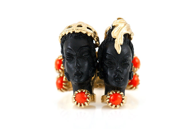 Two Head Cocktail Ring with Corals top