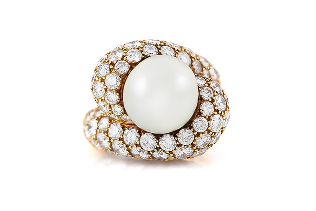 South Sea Pearl Ring with Diamonds top