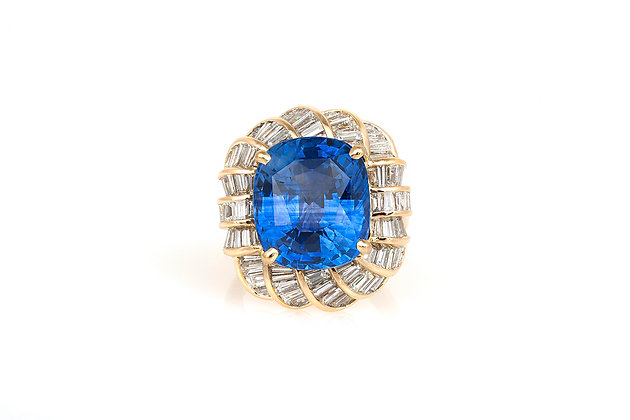15.51 Carat GIA Cushion Cut Sapphire Ring top view