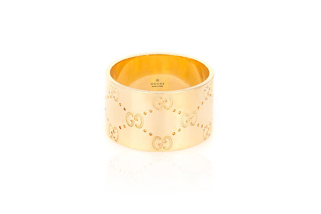 Gucci Gold Band Ring front view
