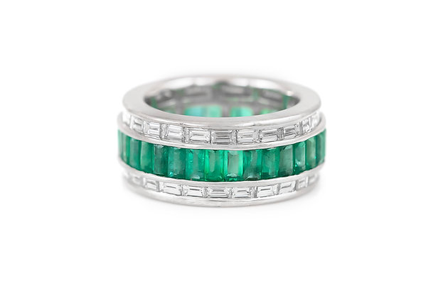 Chanel Set Emerald Diamond Wedding Band