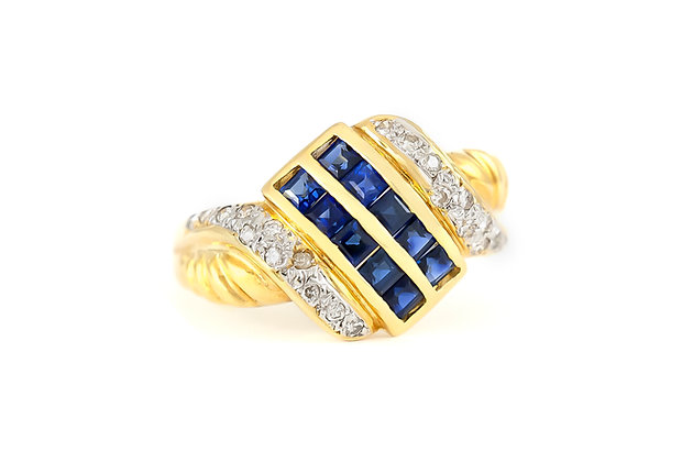 Sapphire Grid Gold Ring with Diamonds
