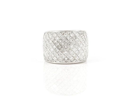 Invisible Set Diamond Ring front view