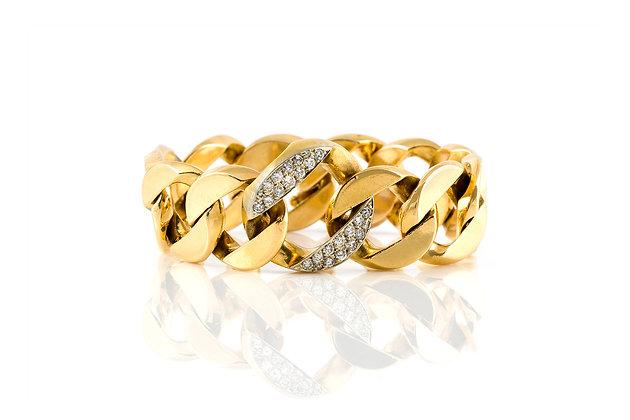 Gold Link Bracelet Front View