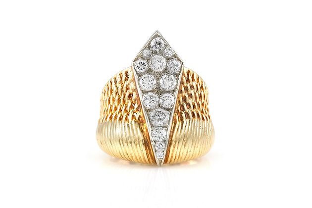 Gold Ring with Diamonds top