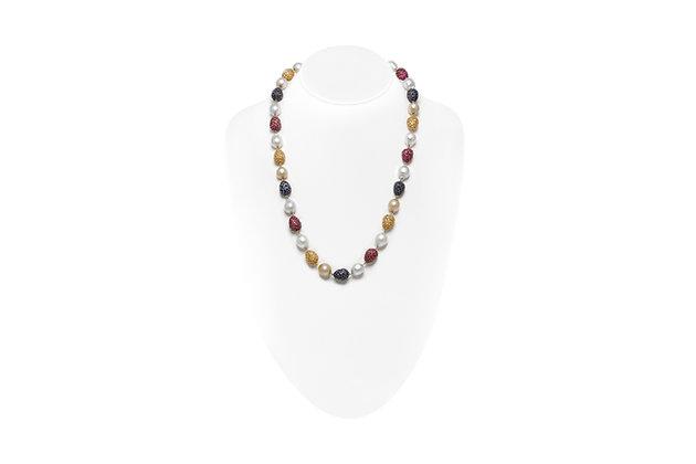 Multi-color Sapphire Pearl Necklace Neck View