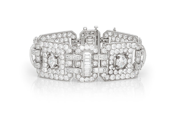 Beautiful Diamond Link Bracelet Front View