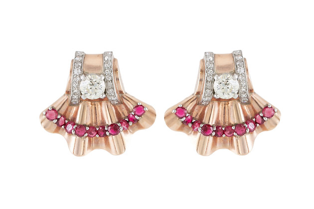 Fan-Shaped Clip-On Earrings front
