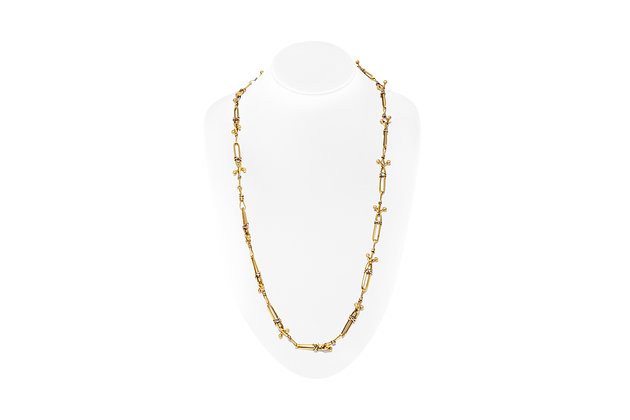 Knotty Link Gold Chain Front View