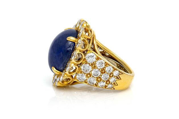 David Webb Sapphire and Diamond Ring Side View