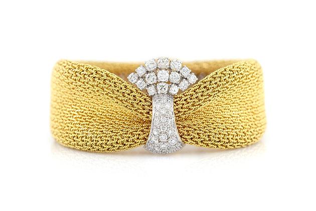 Mesh Bracelet with Center Diamonds front