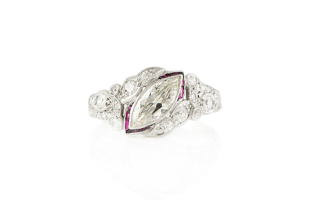 Art Deco Engagement Ring 1.10 Carat Top
