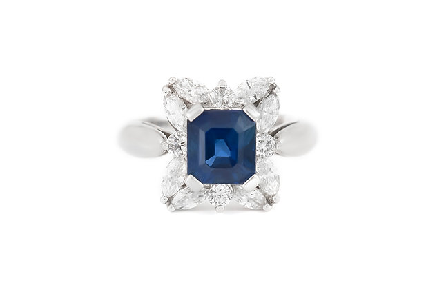 Sapphire Floral Ring with Diamonds top