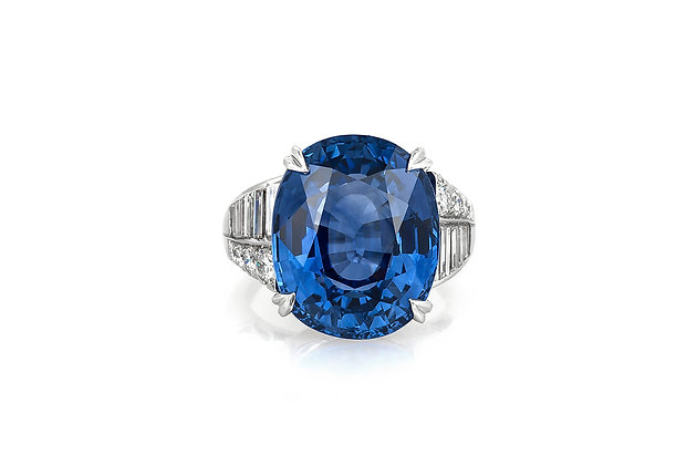 17.50 Carat GIA Oval Sapphire Ring top view