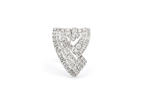 7.00 ct Art Deco Diamond Brooch front