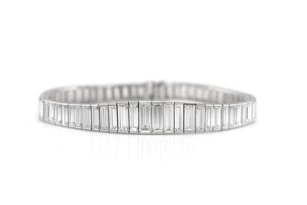 1930s Platinum Tennis Bracelet with Diamonds