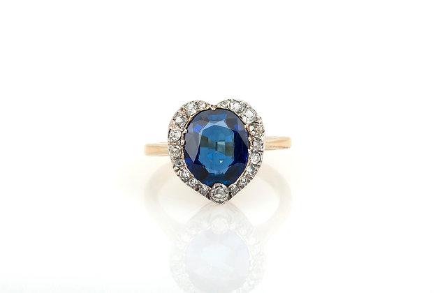 2.50 Burma Sapphire & Diamond Ring top view