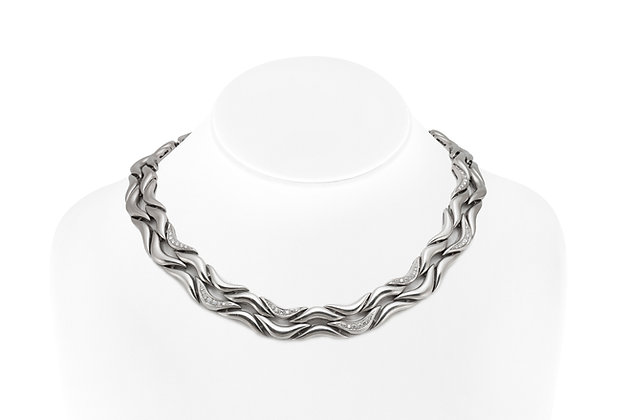 Gubelin 5.50 Carat Necklace and Bracelet Set front view