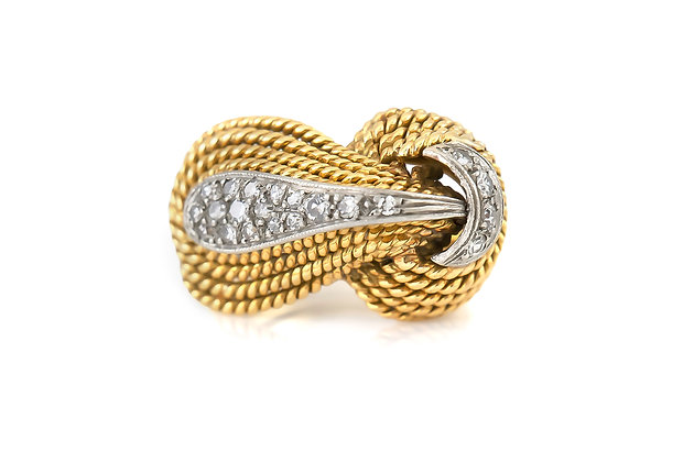 Knot-Shaped Gold Ring with Diamonds top