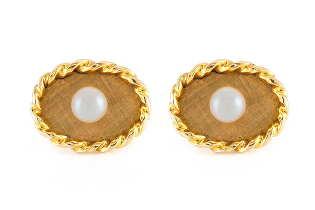 Pearl Oval Gold Cufflinks front