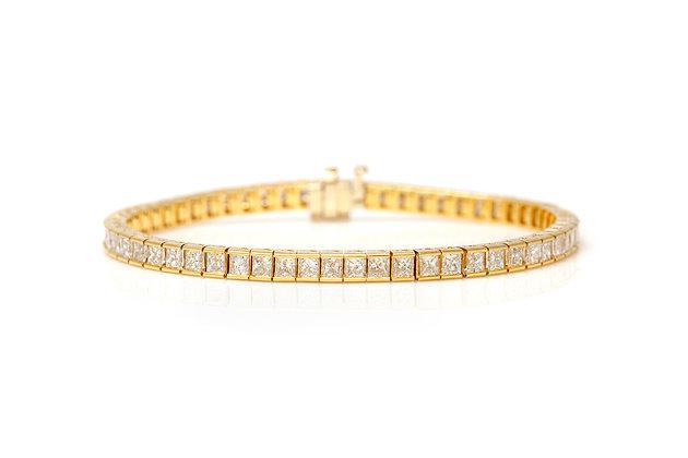 7.85 Carat Princess Cut Channel Set Diamond Tennis Bracelet Front View