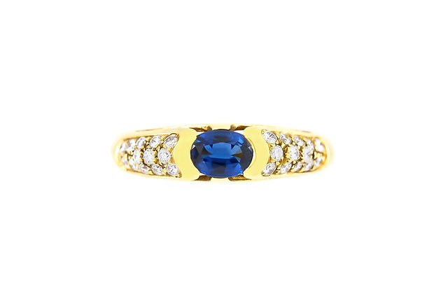 1980 Sapphire Diamond Ring top