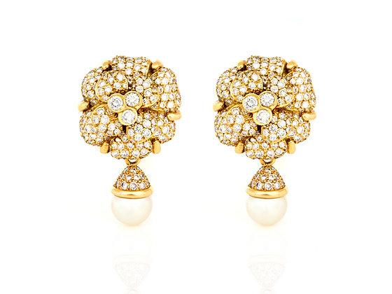 Chanel Earrings front