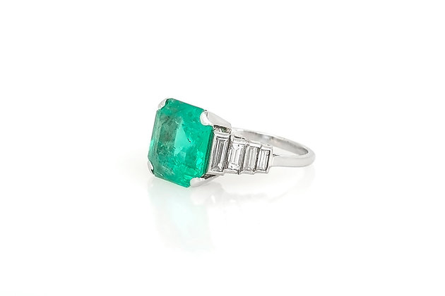 Baguette Diamonds & Emerald Ring