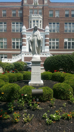 Statue 5 (Mary)