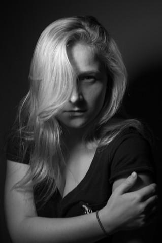 lauren1-light-on-face