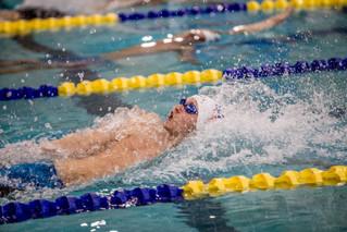 chris_coyne_w_swim_vs_2016_img_1792