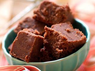 How To Make the Easiest Chocolate Fudge.