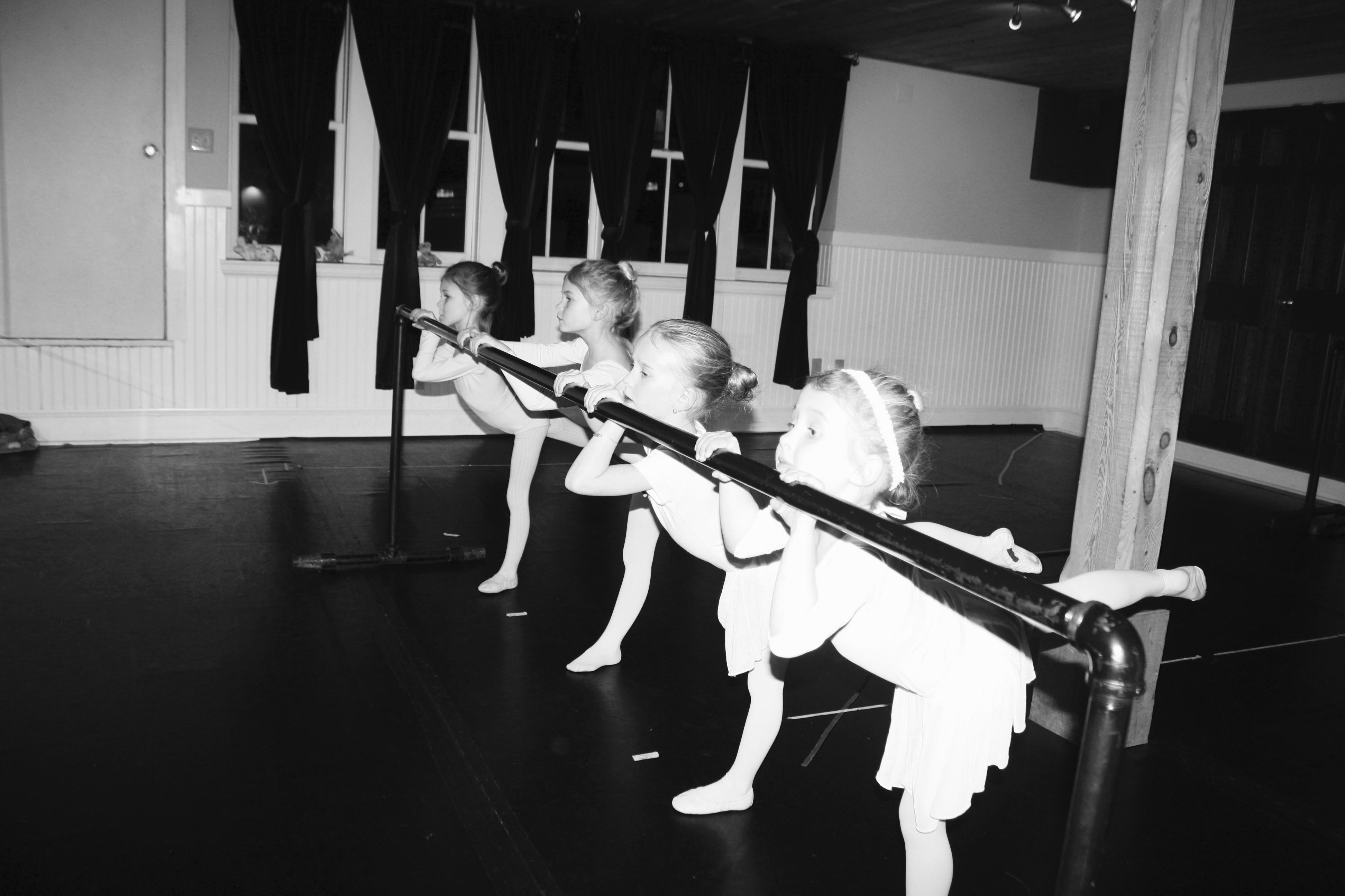 Ballet 1 Students