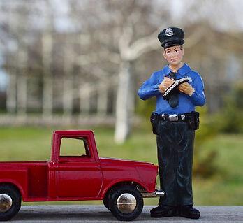 police-2285855_1920.jpg