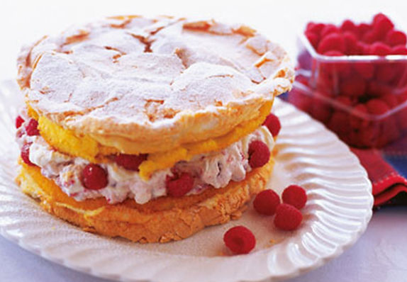 wix-recipe-2-raspberry-meringue-cake-980