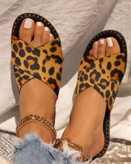 Leopard Print Flat Sandals with a Rhinestone Edge