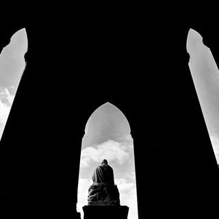 Silhouette Scott Monument .jpg