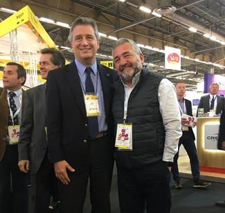 POR PRIMERA VEZ EN SIAL PARIS, SE PRESENTÓ EL SR. DANIEL FENOGLIO DE CARNES PORCINAS SELECCIONADAS P